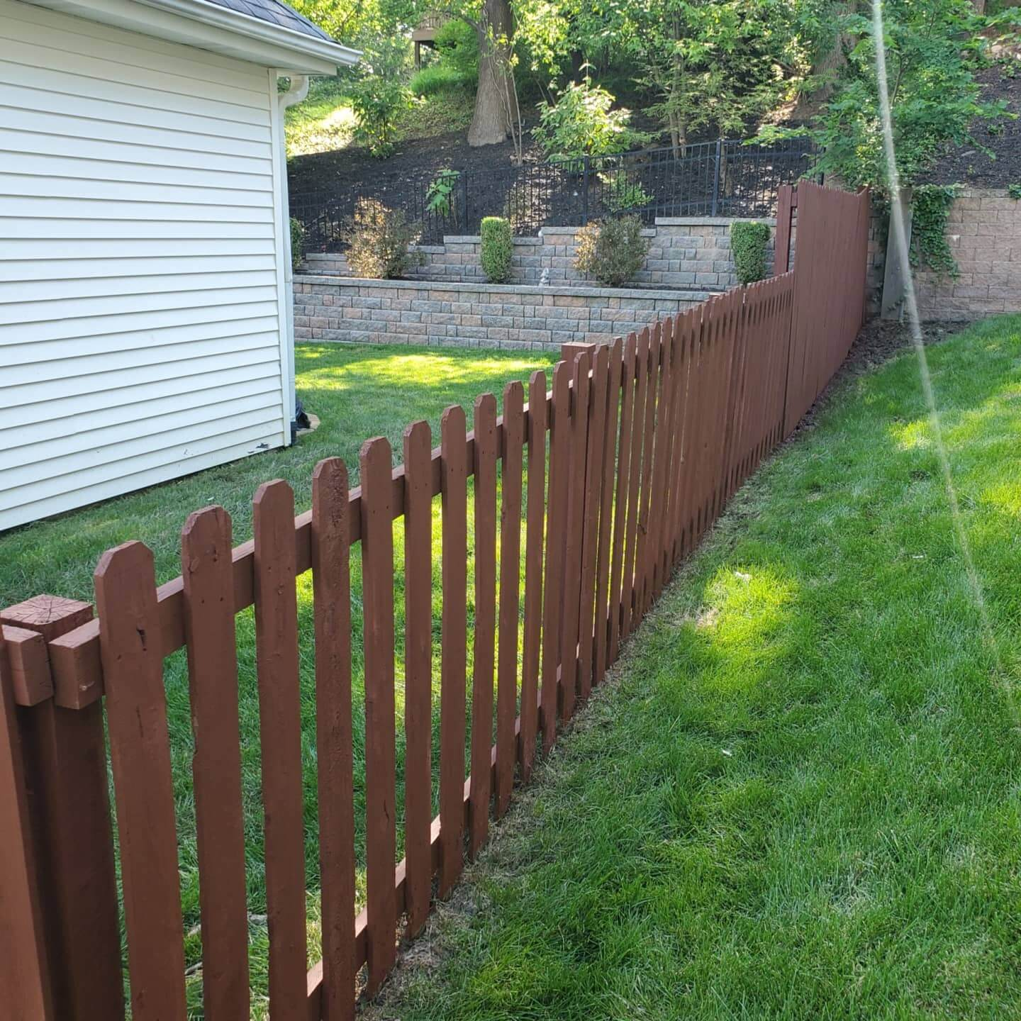 st-louis-fence-staining-8