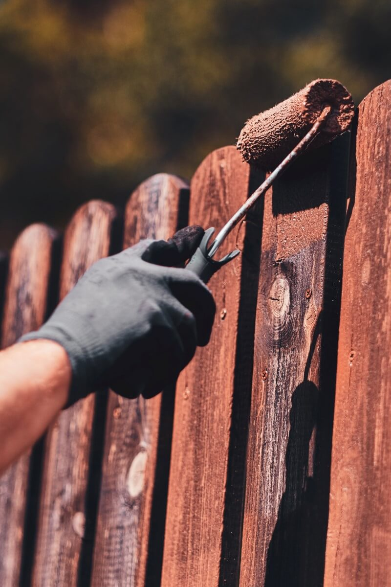 fence painting st. louis